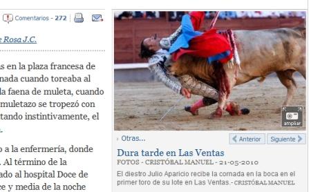 El diestro Julio Aparicio recibe la cornada en la boca en el primer toro de su lote en Las Ventas. CRISTÓBAL MANUEL / EL PAIS